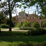 Parco anteriore della Villa